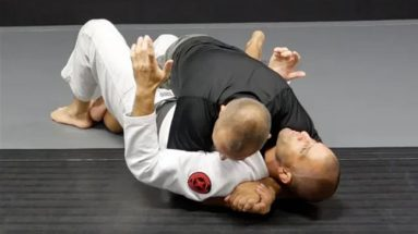 Recovering The Underhook From Bottom Half-Guard